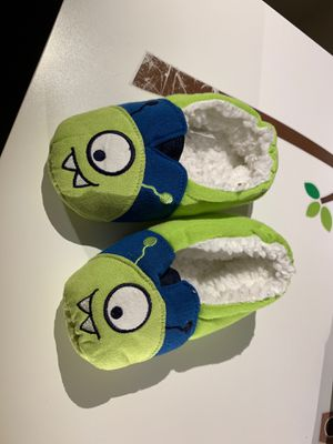 2T-3T Warm Green Monster Slippers (never worn) for Sale in Seattle, WA