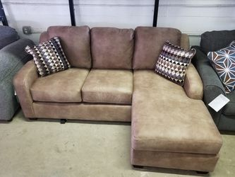 "ASHLEY ""ALTURO"" SOFA W/FLOATING CHAISE $439 for Sale in Mentor,  OH"