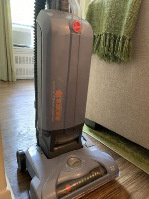 Hoover Windtunnel Vacuum - Tseries Pet Bagged Upright for Sale in New York, NY