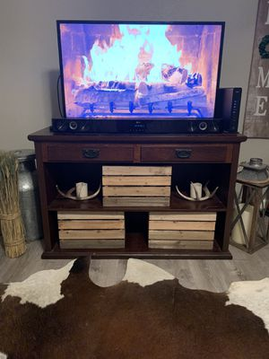 TV Stand/ Entertainment Center for Sale in Tomball, TX