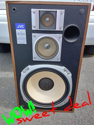 "$15 obo. Has a 12"" SUB!... JVC SK-S44 SPEAKER. JVC SK-S44 3 way 3 Speaker for Sale in San Diego, CA"