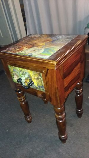 End table with drawer for Sale in Columbus, OH