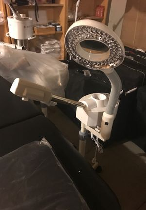 2 in 1 Facial Steamer and Maglamp for Sale in Glendale, AZ