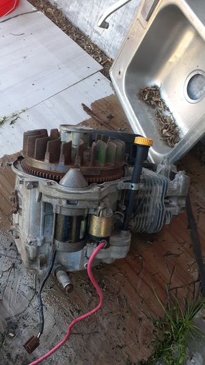 Motor de tractor John Deere 17 hp for Sale in Miami, FL