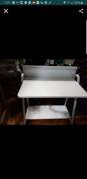 Desk need gone ASAP for Sale in Brooklyn, NY
