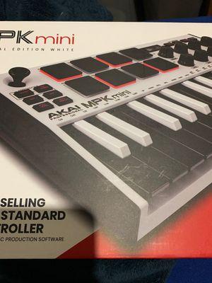 brand new akai MPk midi control for Sale in Whittier, CA