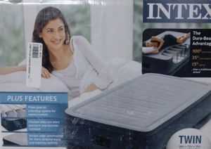 Intex PillowTop Raised Air Mattress for Sale in Lafayette, LA