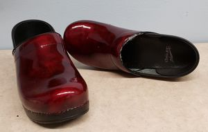 Dansko clogs Sz. 41 (US 10) Leather Made in Italy for Sale in West Palm Beach, FL