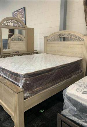 🍻🍾 $39 Down Payment 🕊 Catalina Antique White Poster Bedroom Set 24 for Sale in Jessup, MD
