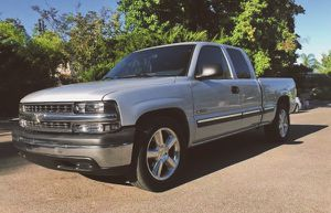 2001 Chevy Silverado excellent condition for Sale in Virginia Beach, VA