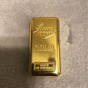 Gold Zippo Lighter for Sale in Hacienda Heights, CA