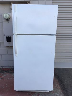 Kenmore Full size 21cu ft. Frost free Refrigerator: super clean for Sale in Hillsborough, CA