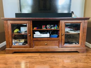"TV Stand / Console table can hold up to 70"" TV for Sale in Dublin, CA"