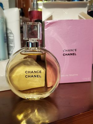 Chanel chance perfume 100$OBO for Sale in St. Louis, MO