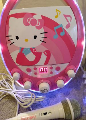 Hello Kitty Karaoke / Kids / Christmas gifts/ Birthday Party / microphone/Niños/ microfono/ regalos/ navidad for Sale in Tolleson, AZ