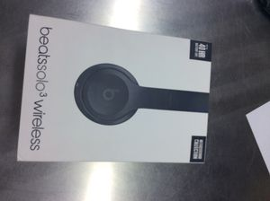 Beats by Dre neighborhood edition great condition for Sale in Dallas, TX
