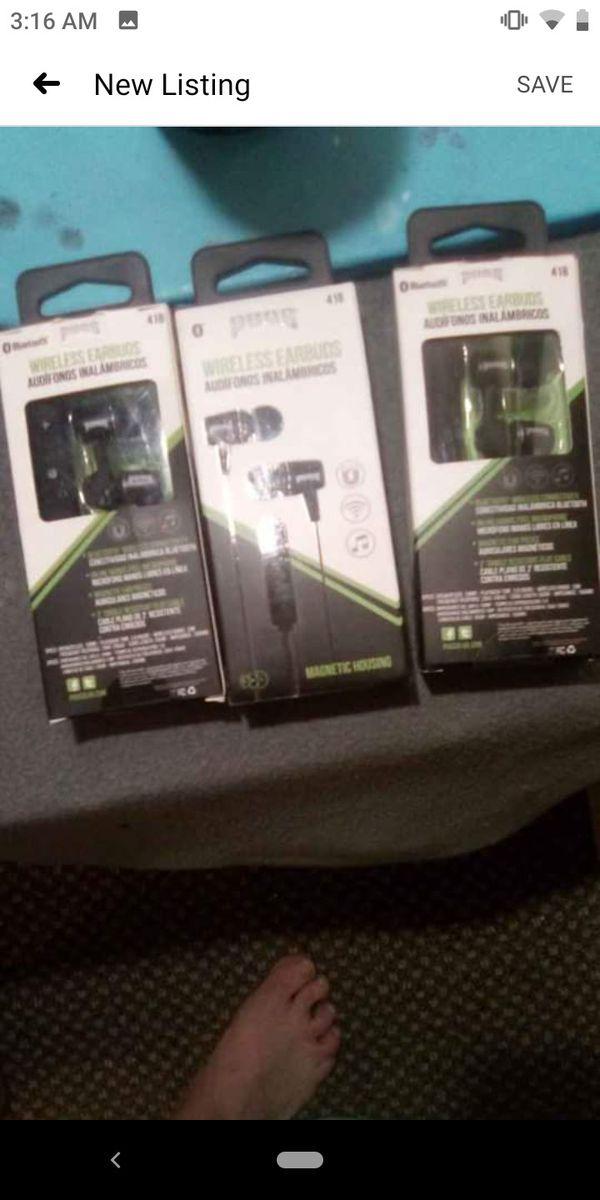 Pugs wireless Bluetooth headphones