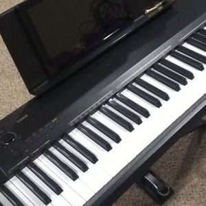 Casio CDP-130 88-Key Weighted Keyboard w/Stand And Pedal for Sale in Livonia, MI