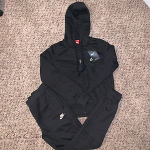 Women's Nike Sweatsuit for Sale in Seattle, WA