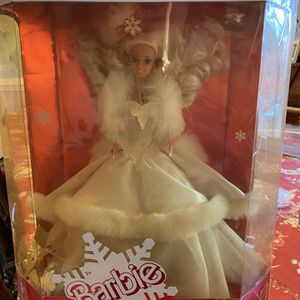 Holiday Barbie 1989 for Sale in Manassas, VA