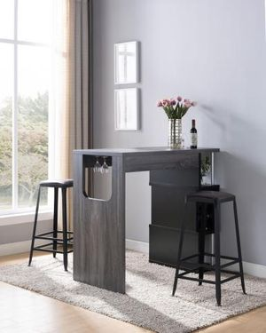 BAR TABLE W/WINE GLASS STORAGE for Sale in Las Vegas, NV