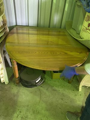 Antique table. Pulls out to 4ft long by 3 1/2 fr wide. for Sale in Beaumont, CA