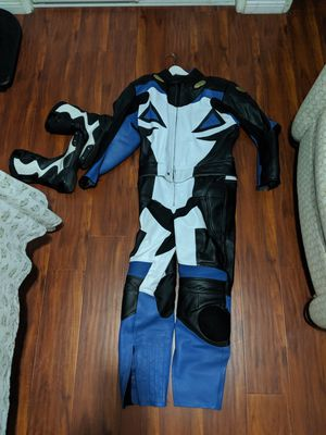 Motorcycle gear two pieces suit and boot for Sale in City of Industry, CA