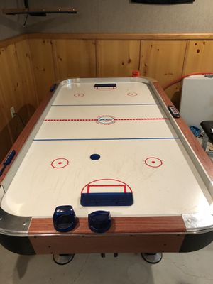 Air Hockey Table for Sale in Plumsted Township, NJ