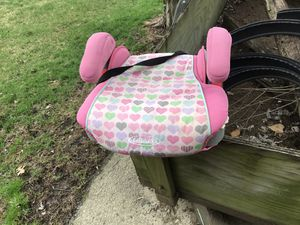 Kids booster car seat for Sale in Columbus, OH