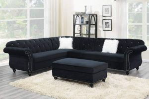 BLACK LARGE SECTIONAL SOFA W/XL OTTOMAN for Sale in Irvine, CA