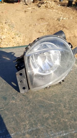 2006 325i left fog light oem factory bmw part for Sale in San Marcos, CA