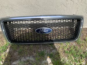 FORD F150 04-08 grille for Sale in Haines City, FL