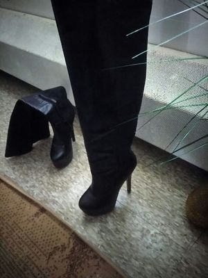 High heel boots size 9 for Sale in Pittsburgh, PA