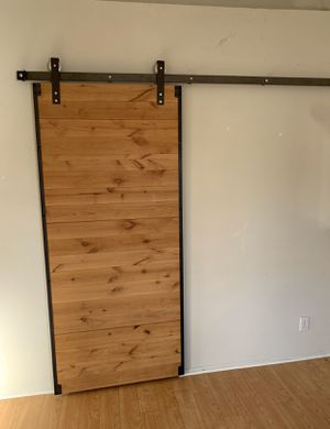 "80""x36"" Barn door , like new, excellent condition for Sale in Laguna Niguel, CA"
