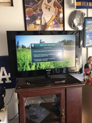 TV 32 inch Samsung TV for Sale in Moreno Valley, CA