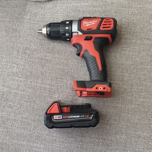 M18 18-Volt Lithium-Ion Cordless 1/2 in. Drill Driver With Battery for Sale in Auburn, WA