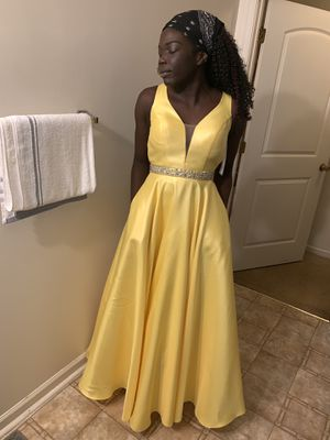 Yellow Prom Dress for Sale in Nashville, TN