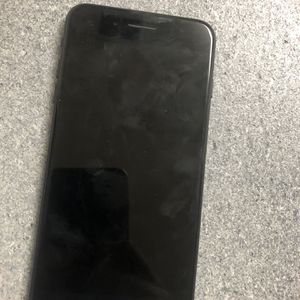 iPhone 7+ for Sale in Baltimore, MD