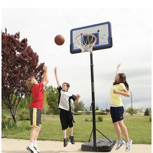 Free basketball Hoop Pick Up Only for Sale in Newport Beach, CA