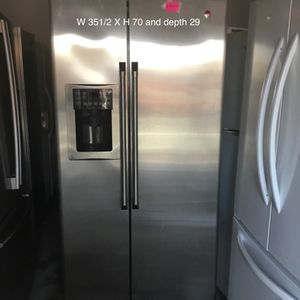 GE Side by side refrigerator for Sale in San Leandro, CA