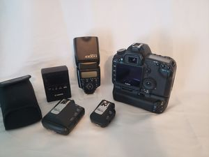 Canon 5D Mark ll and accessories for Sale in Greenville, SC