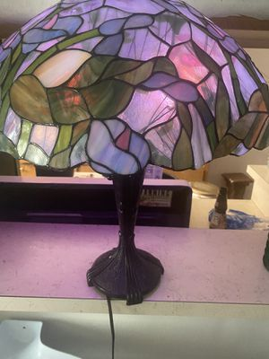 Tiffany's lamp shade for Sale in West Hollywood, CA
