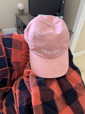 Blunted Cap / Hat light pink for Sale in Hialeah, FL