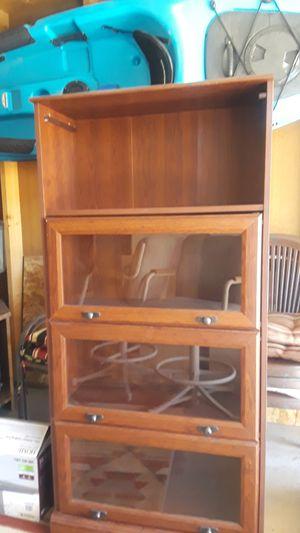 5 foot shelf. for Sale in Eagar, AZ