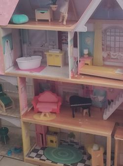 Dollhouse for Sale in Killeen,  TX