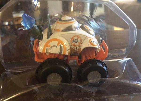 Hot Wheels All-Terrain BB-8