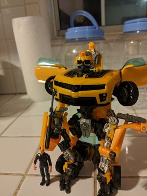 Bumblebee, action figure for Sale in Rancho Dominguez, CA