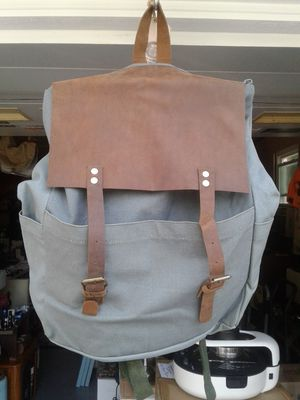 Barrel Shack backpack leather and canvas new never used in box for Sale in Burtonsville, MD