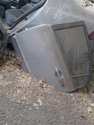 Puertas grises de honda civic, y puertas negras de vmw 125 cada 1 for Sale in Colton, CA