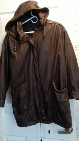 Short Dark Brown Leather Coat for Sale in Columbus, OH